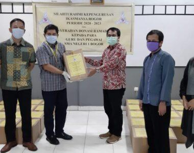 Pengurus Baru IKA SMANSA Kunjungi Guru SMA Negeri 1 Bogor